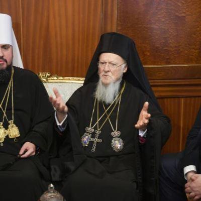 Iglesia ortodoxa de Ucrania se separa formalmente de la de Rusia