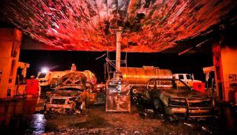 se incendian dos vehiculos al cargar gasolina en carretera ocotlan tototlan