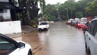 Lluvias por frente frío 25 provocan encharcamientos en Villahermosa