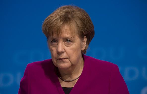 Hackers difunden datos de políticos alemanes y correspondencia de Merkel