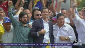 Militares respaldan a Nicolás Maduro en Venezuela