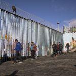 Trump insiste que México ya está pagando el muro fronterizo