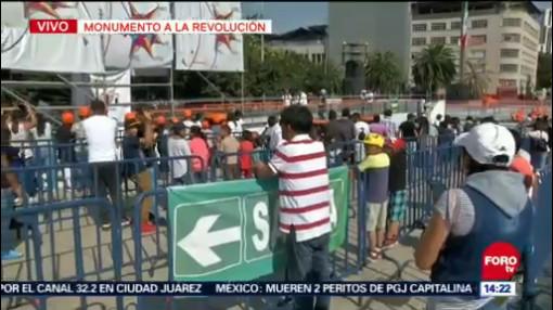 Niños Y Jóvenes Disfrutan Último Día De Vacaciones De Invierno En Cdmx, Último Día De Vacaciones De Invierno, Ciudad De México, Cdmx, Pista De Hielo, Monumento A La Revolución