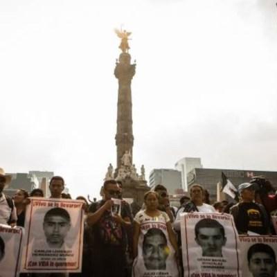 Juez ordena investigar a funcionarios de la PGR por caso Ayotzinapa
