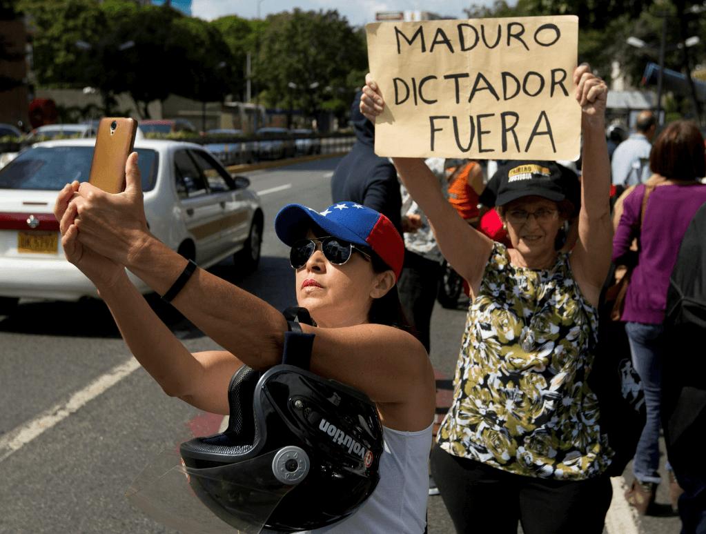 Protestas contra Nicolás Maduro. (AP)