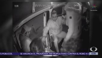 Roban a pasajeros de combi sobre la autopista México-Texcoco