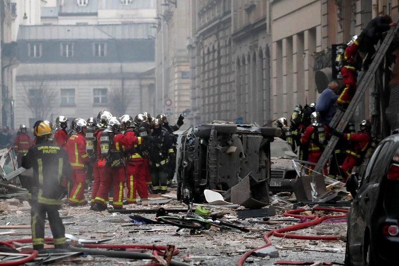 gobierno frances advierte que puede haber muchas victimas por explosion