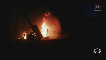 Se Incendia Pipa En Autopista Del Sol