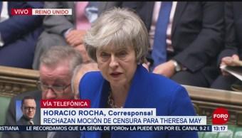 Theresa May supera moción de censura