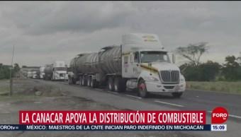 Transportistas apoyan en la distribución de combustible