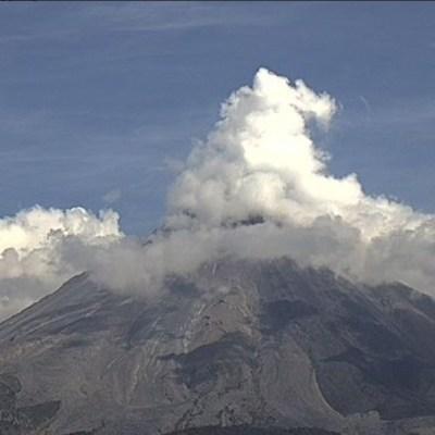 Aumenta actividad del volcán de Fuego de Colima