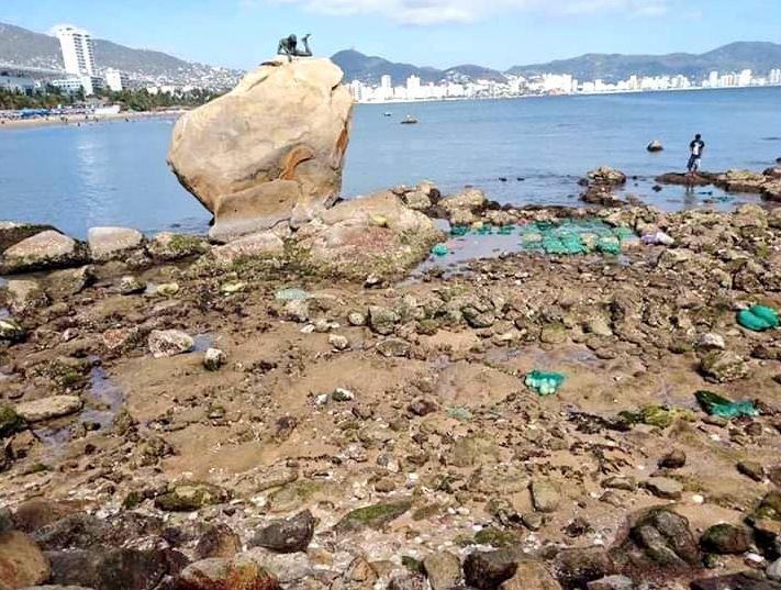mar se aleja diez metros de playa en acapulco