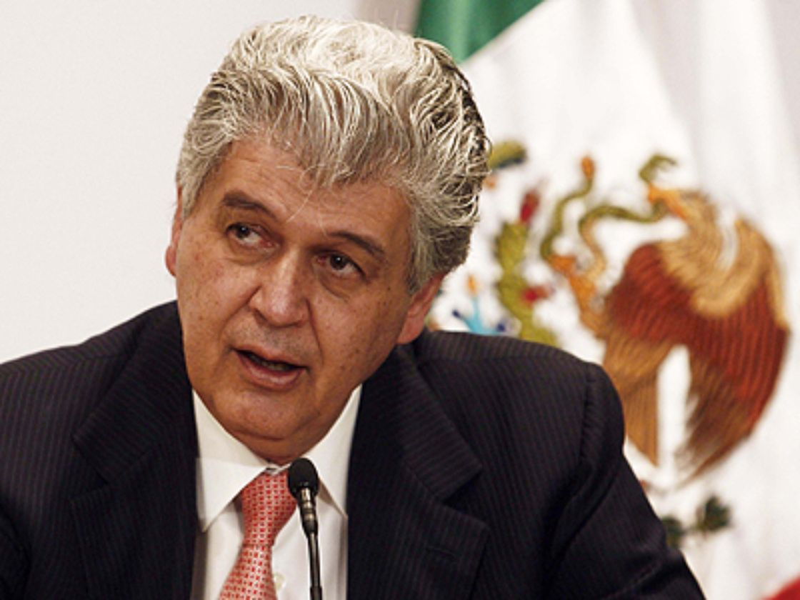 Alfredo Elías Ayub, director de la CFE, fue citado a declarar frente a la Comisión de Energía de la Cámara de Diputados tras detectar presuntas irregularidades durante su gestión (El Economista)