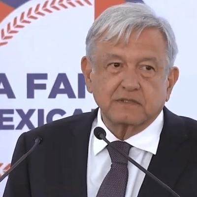 AMLO inaugura Salón de la Fama del Béisbol Mexicano