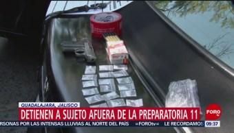 Arrestan a hombre con droga en preparatoria de Jalisco