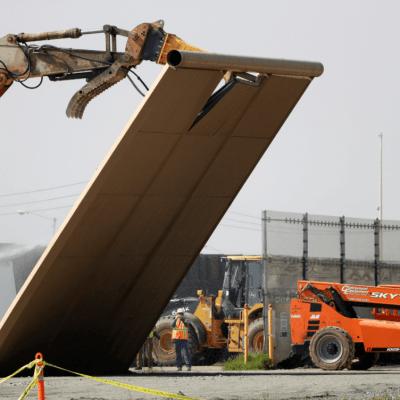 EU comienza a demoler prototipos del muro fronterizo