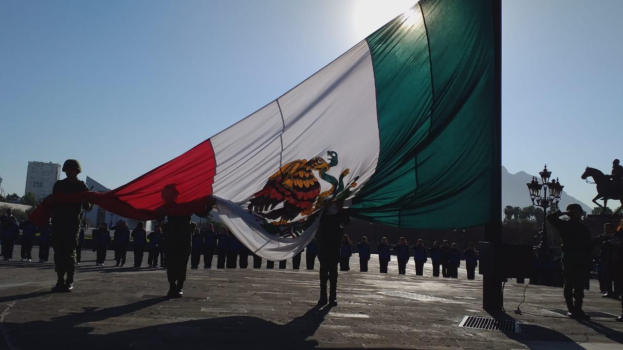 foto ejercito mexicano bandera 13 febrero 2019