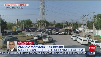 Foto: Ejidatarios derriban barda perimetral de termoeléctrica