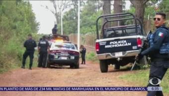 Encuentran cuerpos de 5 policías desaparecidos en Michoacán