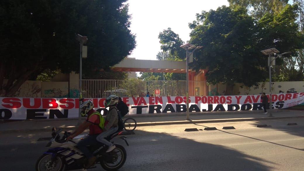 Foto: Estalla huelga en Universidad Autónoma Benito Juárez Oaxaca 1 febrero 2019