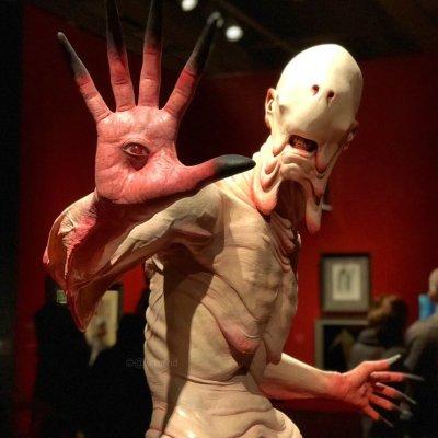 Exposición de monstruos de Guillermo del Toro se pospone en México