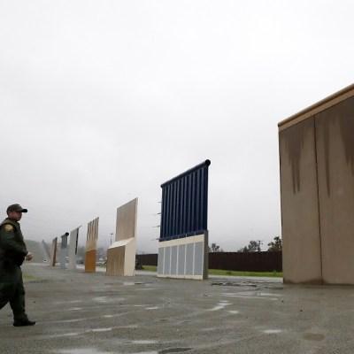 Demolerán prototipos de muro de Trump para construir valla fronteriza