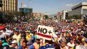 Foto: Miles de venezolanos protestan en las calles de Caracas el 2 de febrero del 2019