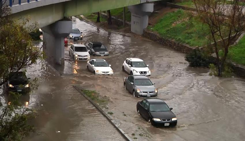 Fotos y videos de inundaciones por tormenta en Tijuana