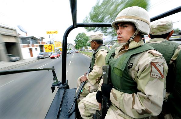 Foto: Miembros del Ejército Mexicano recorren las calles de Tijuana, 1 febrero 2019