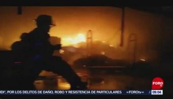 FOTO: Incendio consume tienda departamental en San Andrés Tuxtla, Veracruz, 3 febrero 2019
