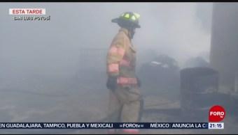 FOTO: Incendio en bodega de madera en San Luis Potosí, 24 febrero 2019