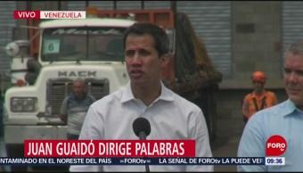 FOTO: Juan Guaidó celebra que militares venezolanos deserten, 23 febrero 2019