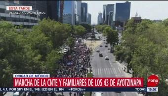 Foto: Marcha de la CNTE y familiares de los 43 de Ayotzinapa en la CDMX
