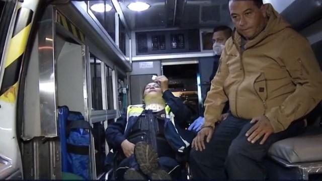 Foto: Mujer policía es hospitalizada tras sufrir diversas lesiones por otra mujer durante una revisión de alcoholímetro, 14 febrero 2019