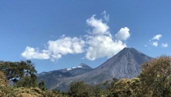 Foto: La primera granizada del año en el Parque Nacional Nevado de Colima, febrero 27 de 2019 (Twitter: @berthareynoso)