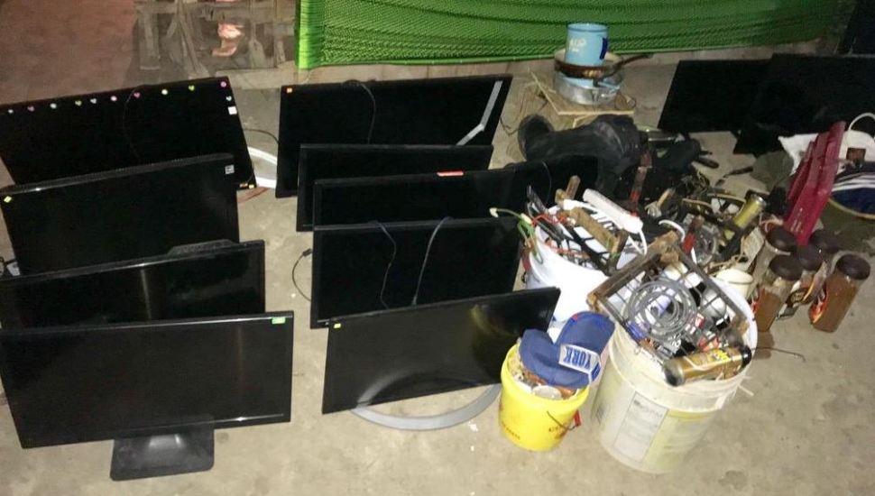 decomisan armas televisores laptos operativo sorpresa en penal coatzacoalcos