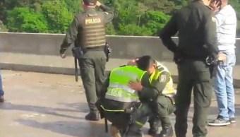Policías Lloran Suicidio Colombia 6 Febrero 2019