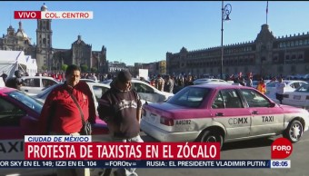 Protesta de taxistas afecta circulación en el Zócalo de CDMX