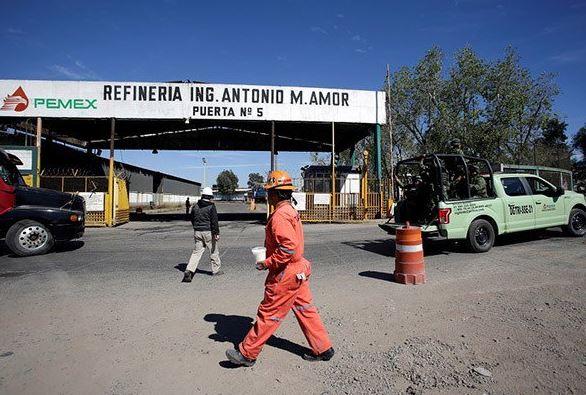 refineria de salamanca sin operar y en mal estado