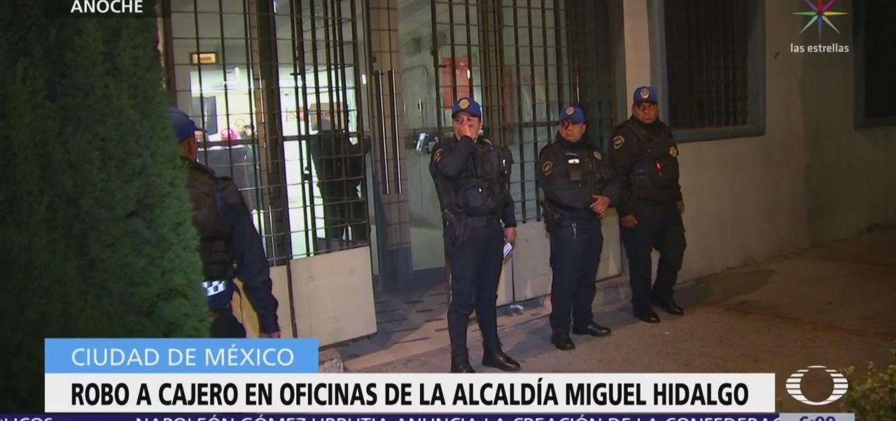 Roban cajero en oficinas de la alcaldía Miguel Hidalgo
