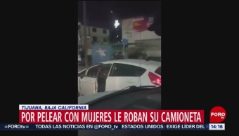 FOTO: Roban vehículo tras incidente vial en Tijuana, Baja California, 3 febrero 2019