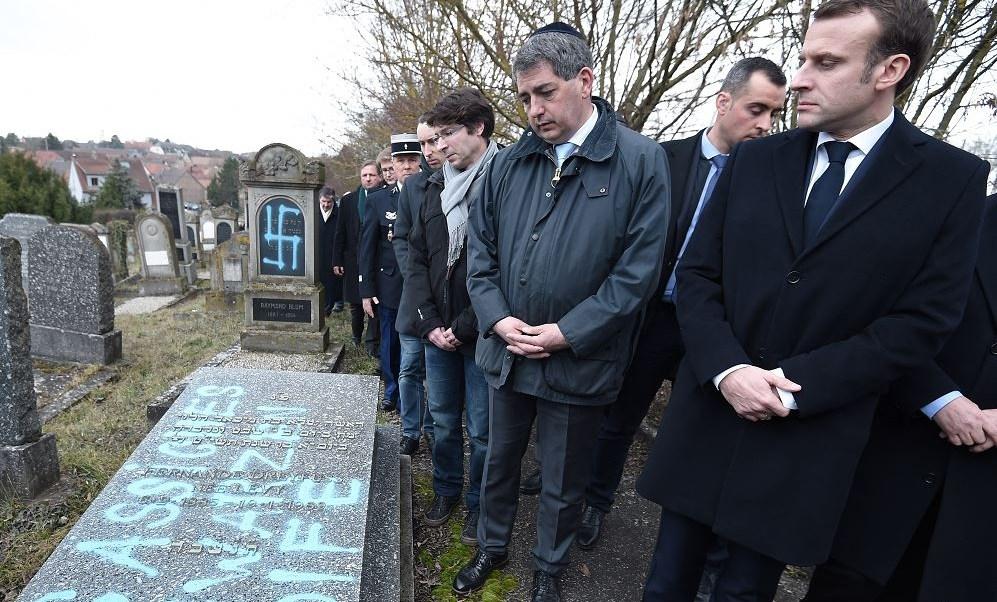 Foto: Unas 80 tumbas de un cementerio judío en Francia aparecieron profanadas., 20 febrero 2019