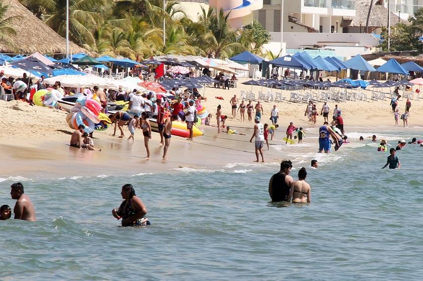 Foto: Durante el primer puente de fin de semana largo del año, más de 143 mil 436 turistas visitaron los destinos de Acapulco, Taxco e Ixtapa Zihuatanejo, Guerrero, 4 de febrero de 2019 (Notimex)