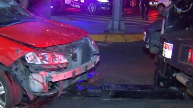 Foto: Abandonan su automóvil tras volcar en calles de la alcaldía Cuauhtémoc, 15 febrero 2019