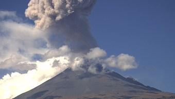 Foto: fumarola volcán Popocatépetl ,el 26 de febrero 2019