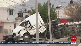 Vuelca pipa con gasolina en Coahuila