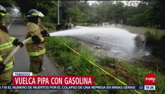 FOTO: Vuelca pipa con gasolina en Tabasco, 2 febrero 2019