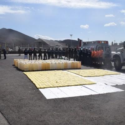 Aseguran embarcación con más de 600 kilos de cocaína frente a costas de Sinaloa