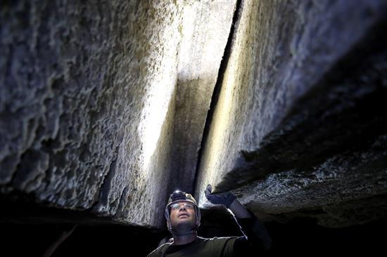FOTO cueva sal israel 1