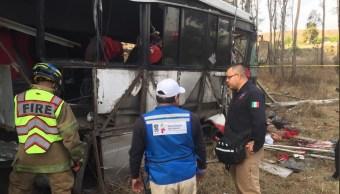 Foto: Accidente en Michoacán deja un muerto, 4 de marzo 2010. Twitter @SALUDMICH